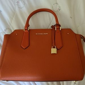 NWT Michael kors orange satchel (large)